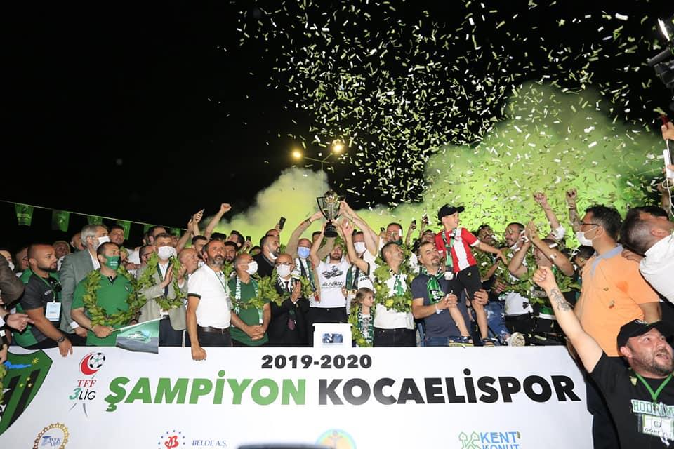 ŞAMPİYON KOCAELİSPOR